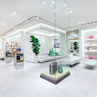 3 Valextra Shop Tokyo